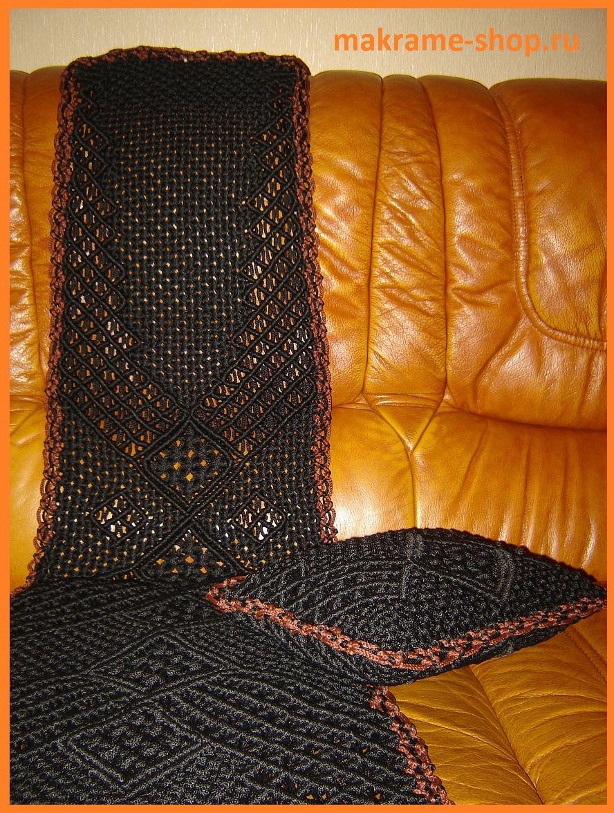 Плетеная подушка в автомобиль