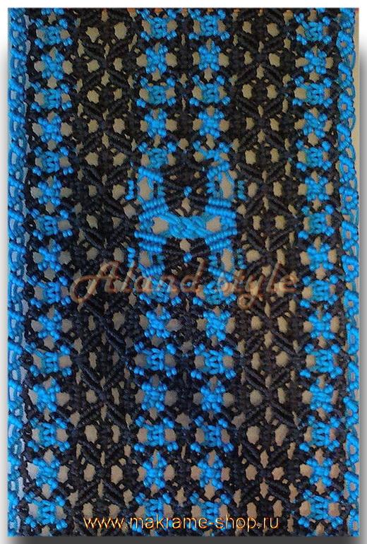 Узор черно-синих плетеных накидок