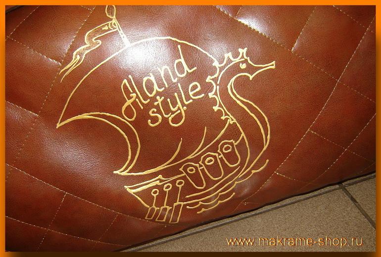 Эмблема на сумке для гамака-макраме