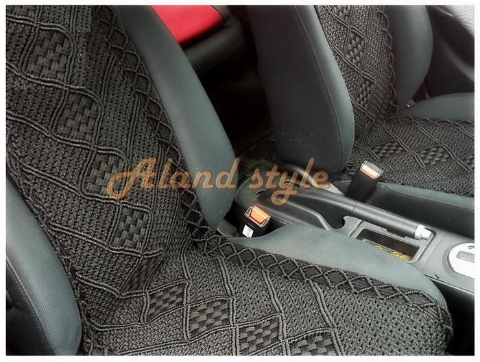 Черные плетеные накидки на сиденья автомобиля