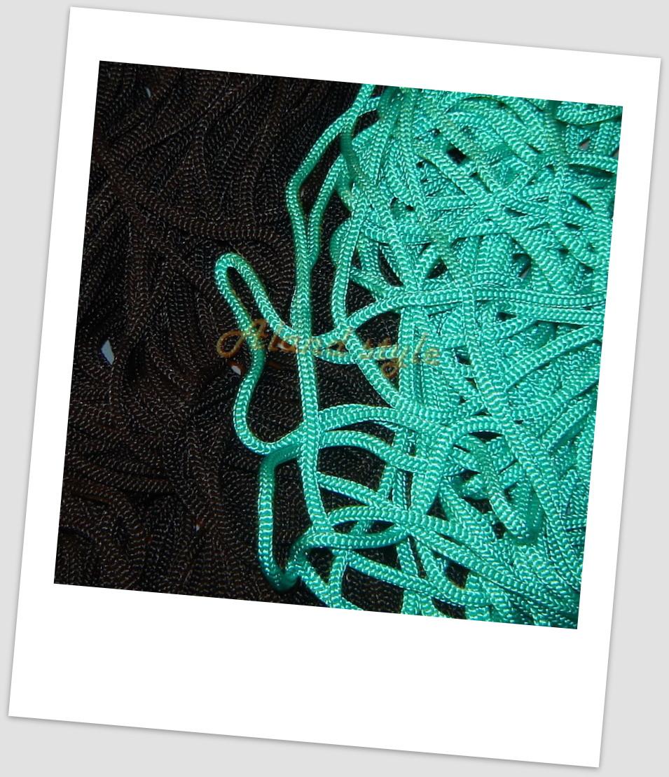 Шнуры для макраме: зеленый, черный
